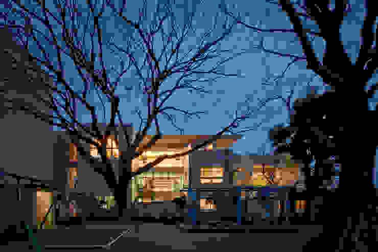 T-house モダンな 家 の 秋山建築研究所 モダン