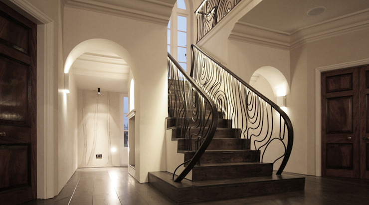 Hertfordshire Home Modern Corridor, Hallway and Staircase by Alessandro Isola Ltd Modern