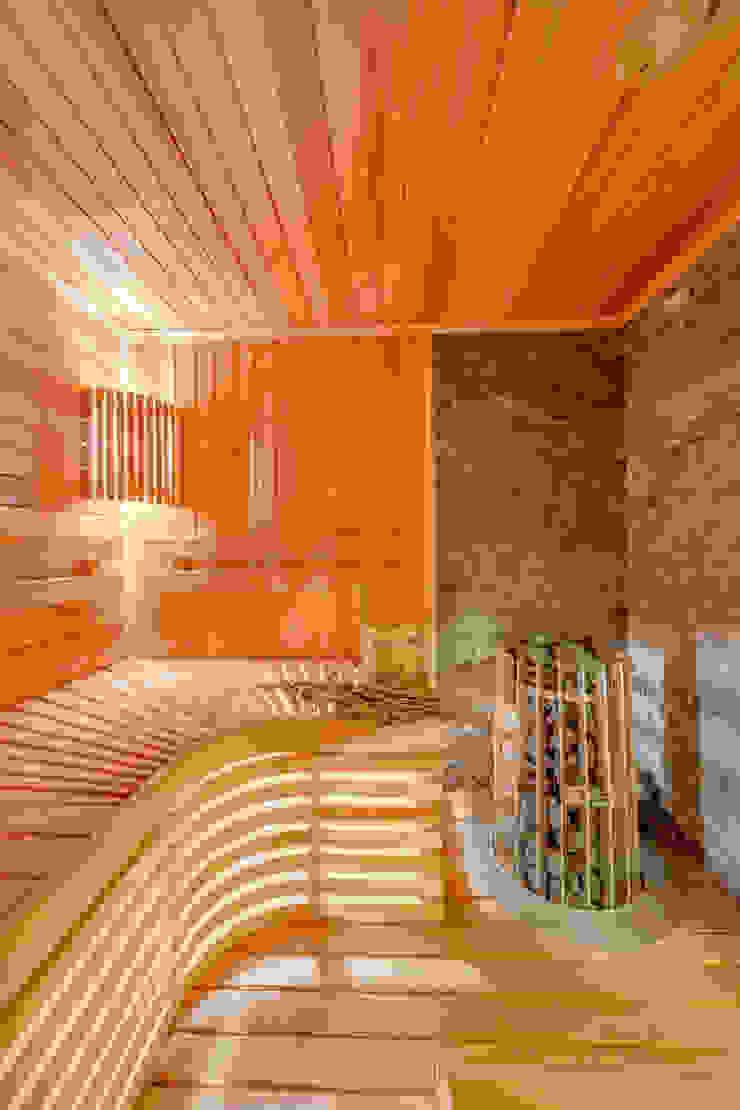 Интерьеры загородного дома из клееного бруса Спа в скандинавском стиле от Be In Art Скандинавский