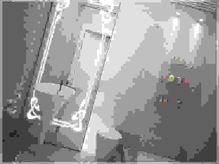Роскошный Ар-деко Ванная комната в стиле модерн от премиум интериум Модерн