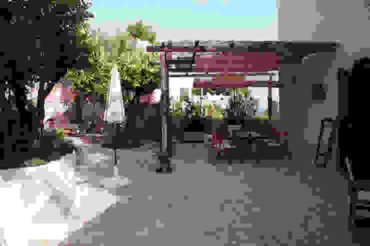 il pergolato Giardino in stile mediterraneo di Durango Studio di architettura e paesaggio Mediterraneo