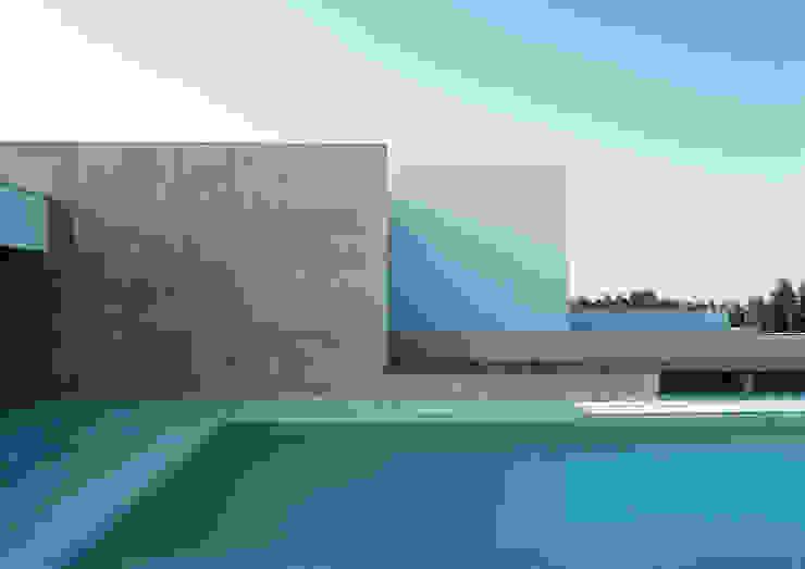 Casa B. / Suzzara, Mantova Piscina minimalista di STUDIO LONGHEU Minimalista