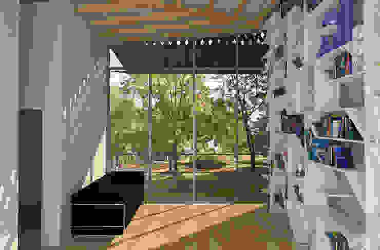 Casas modernas por architetto Ravidà Moderno
