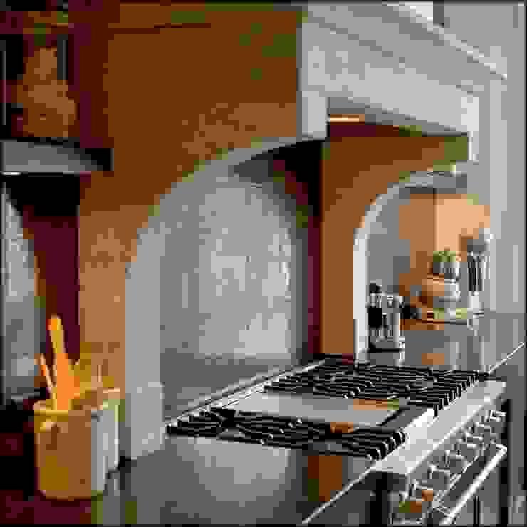 Cocinas clásicas de Designed By David Clásico