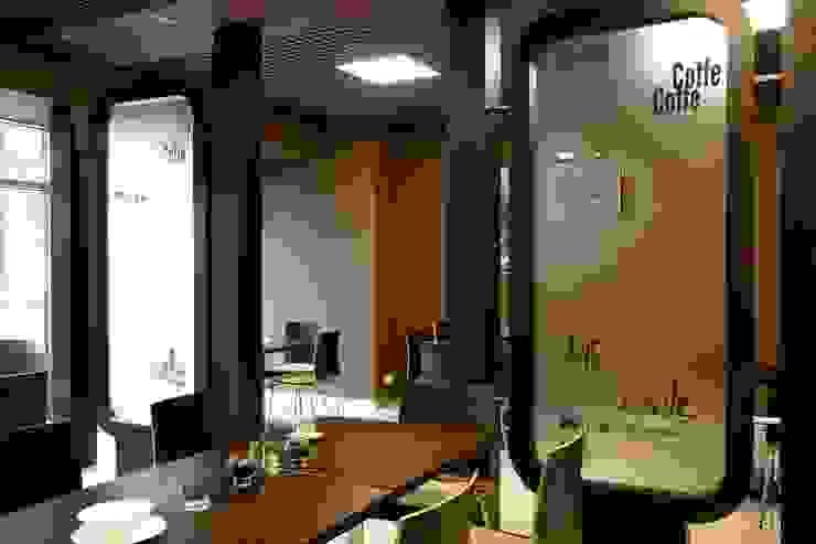 Кафе на территории завода им. Орджоникидзе от Мастерская Интерьеров Варвары Зеленецкой