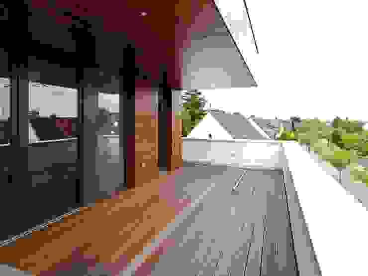 Modern balcony, veranda & terrace by bdmp Architekten & Stadtplaner BDA GmbH & Co. KG Modern