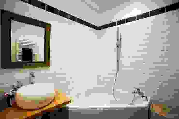 La salle de bain restaurata di Chiara Pecorelli