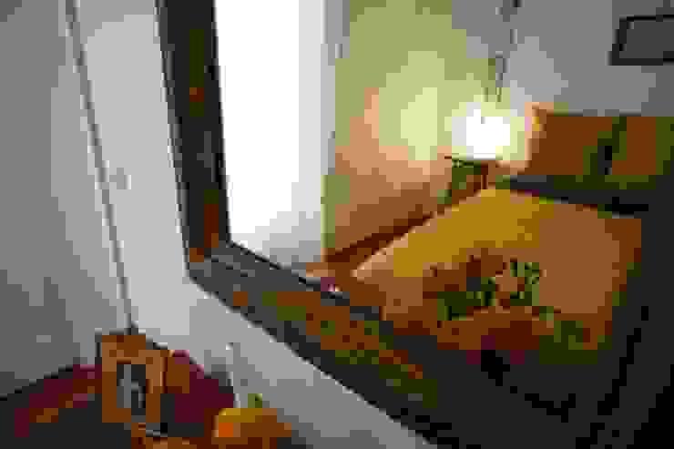 Dettaglio camera da letto dopo il restauro di Chiara Pecorelli