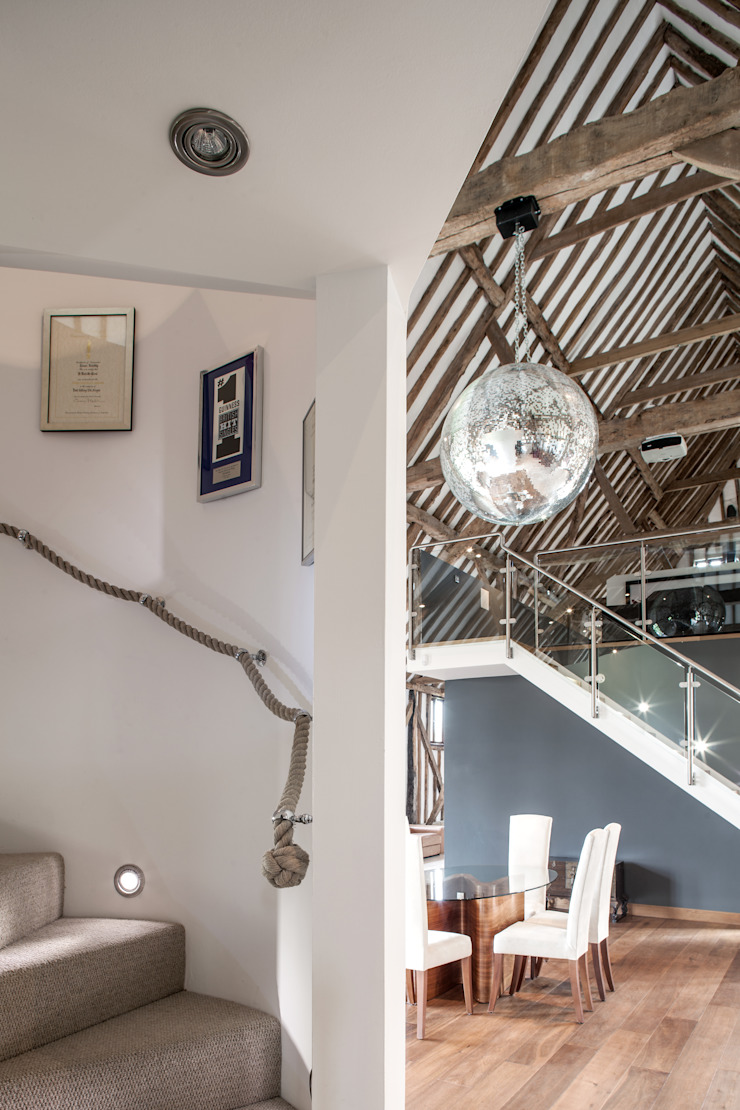 Photography—barn conversion in Sawbridgeworth Modern corridor, hallway & stairs by Adelina Iliev Photography Modern