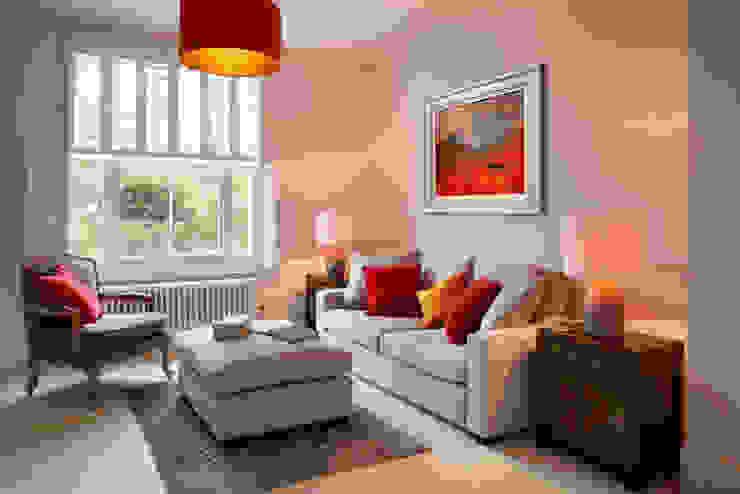 Bright, light living room by ZazuDesigns Modern