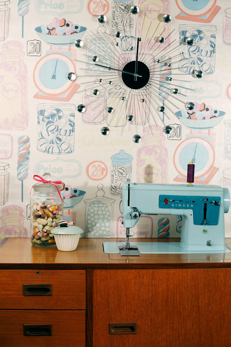 Oh Sweetie Wallpaper by Kate Usher Studio: modern  by Kate Usher Studio, Modern