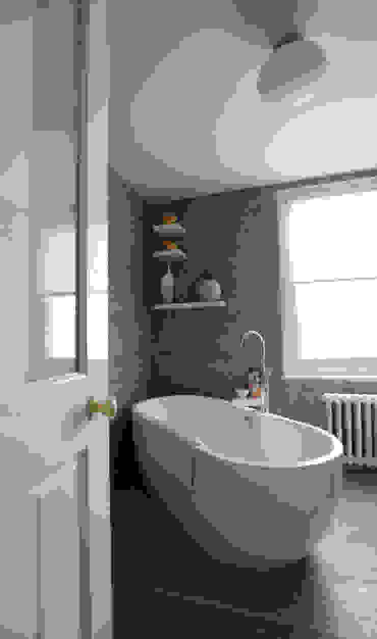 Bathroom Modern bathroom by Kate Harris Interior Design Modern