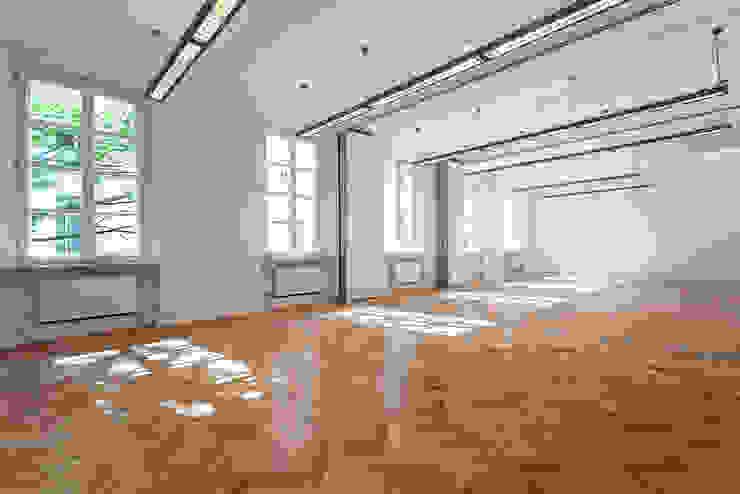 Portfolio Modern gym by TFS Flooring Modern