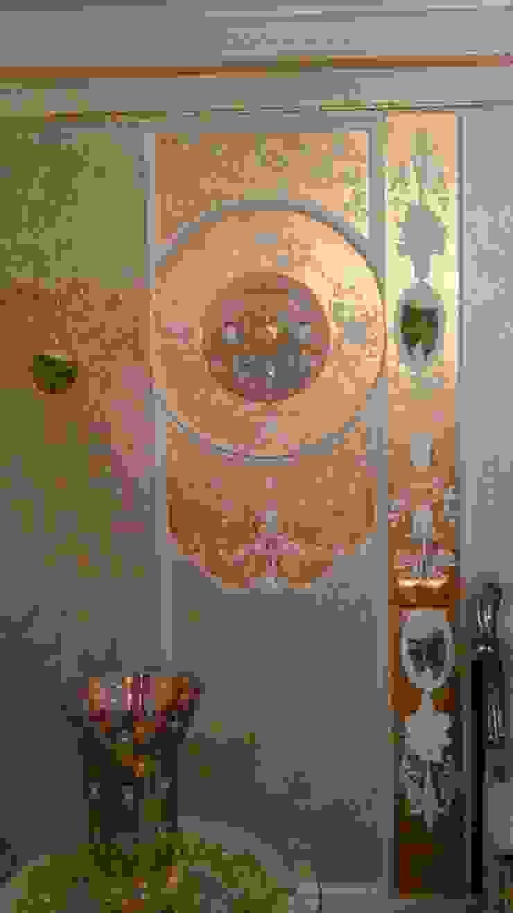 классика на сусальном золоте Гостиная в классическом стиле от Абрикос Классический