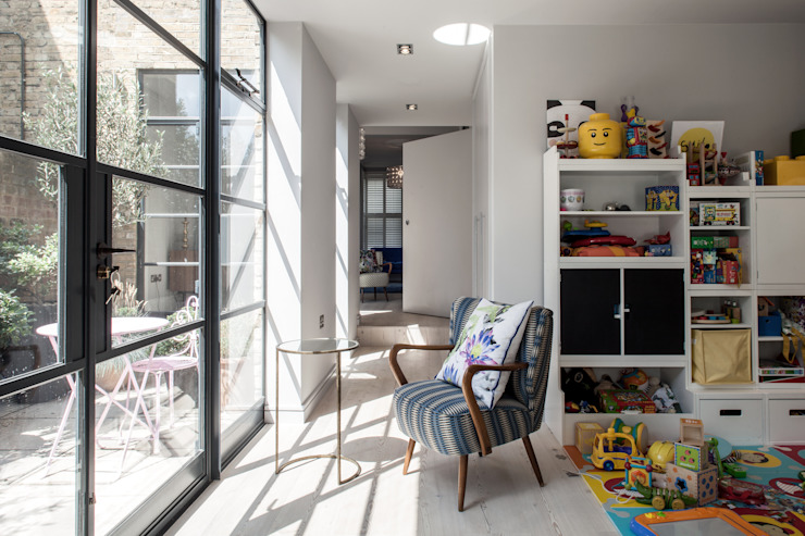 Photography for Red Squirrel Architects - House extension, South London Modern conservatory by Adelina Iliev Photography Modern