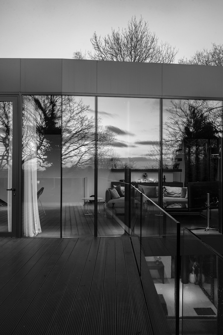 Photography—house in Bromley, private client by Adelina Iliev Photography Minimalist