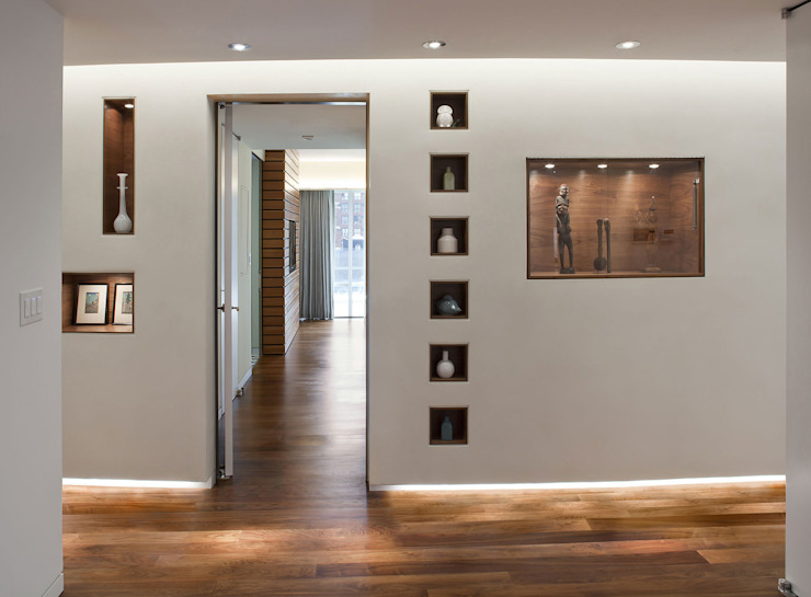 Entry Modern Corridor, Hallway and Staircase by Eisner Design Modern