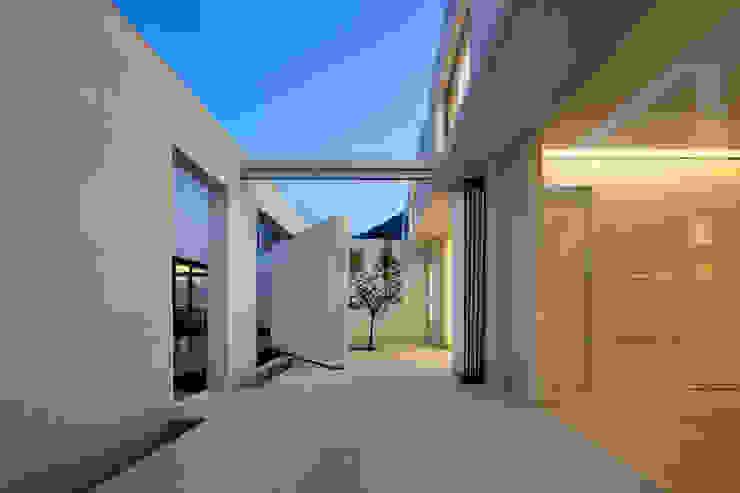 hyunjoonyoo architects Modern garden