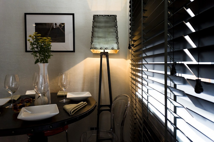 Гостиная в стиле Cosmo Shabby от Мастерская Интерьеров Варвары Зеленецкой