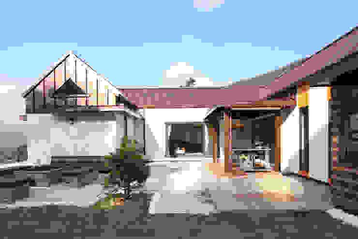 정면: 주택설계전문 디자인그룹 홈스타일토토의  주택,모던