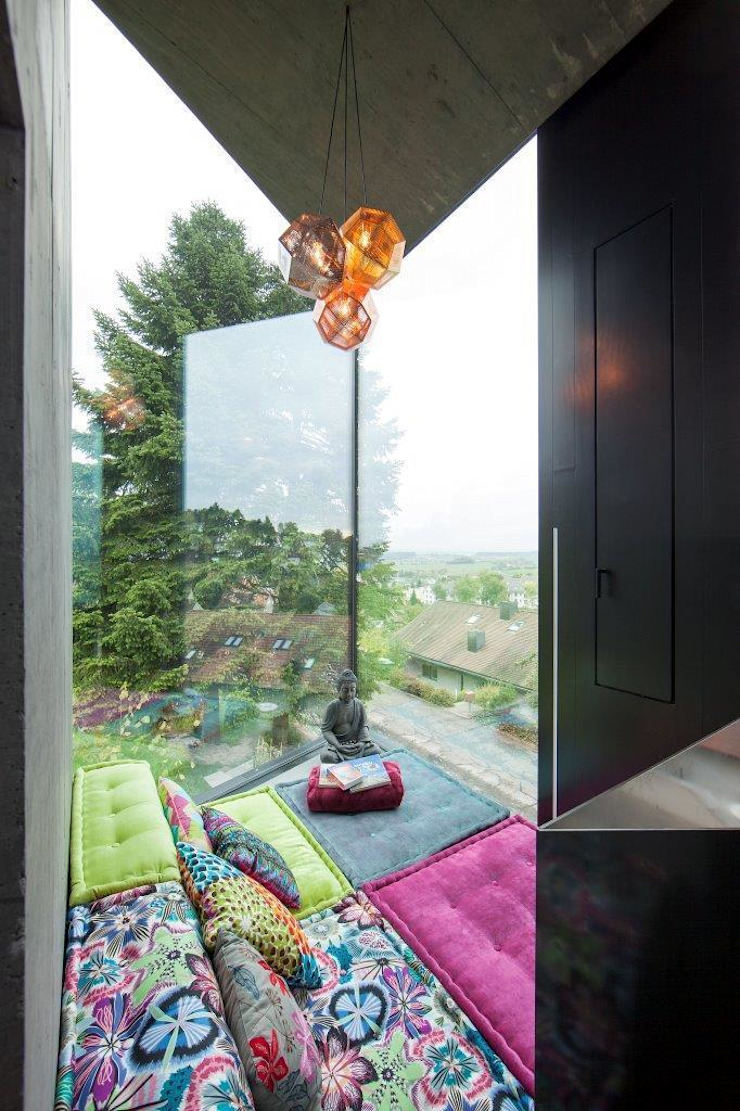 Moderne woonkamers van L3P Architekten ETH FH SIA AG Modern