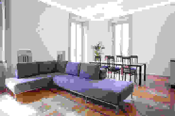 Modern living room by bdastudio Modern
