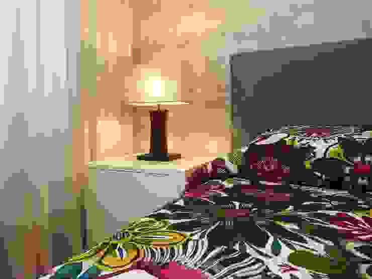Suite Quartos modernos por Traço Magenta - Design de Interiores Moderno