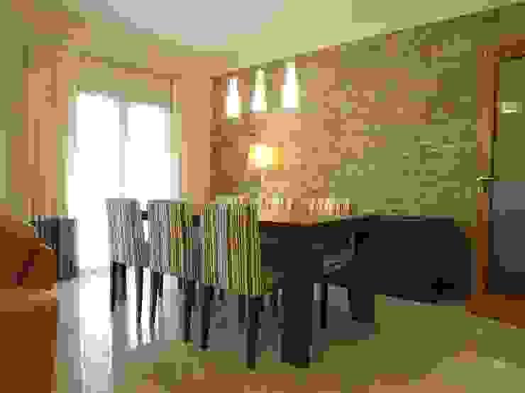 Zona de refeições Salas de jantar rústicas por Traço Magenta - Design de Interiores Rústico
