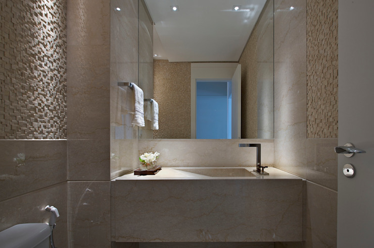 APARTAMENTO BELVEDERE Banheiros modernos por João Carlos Moreira Filho & Maria Thereza Terence Moderno