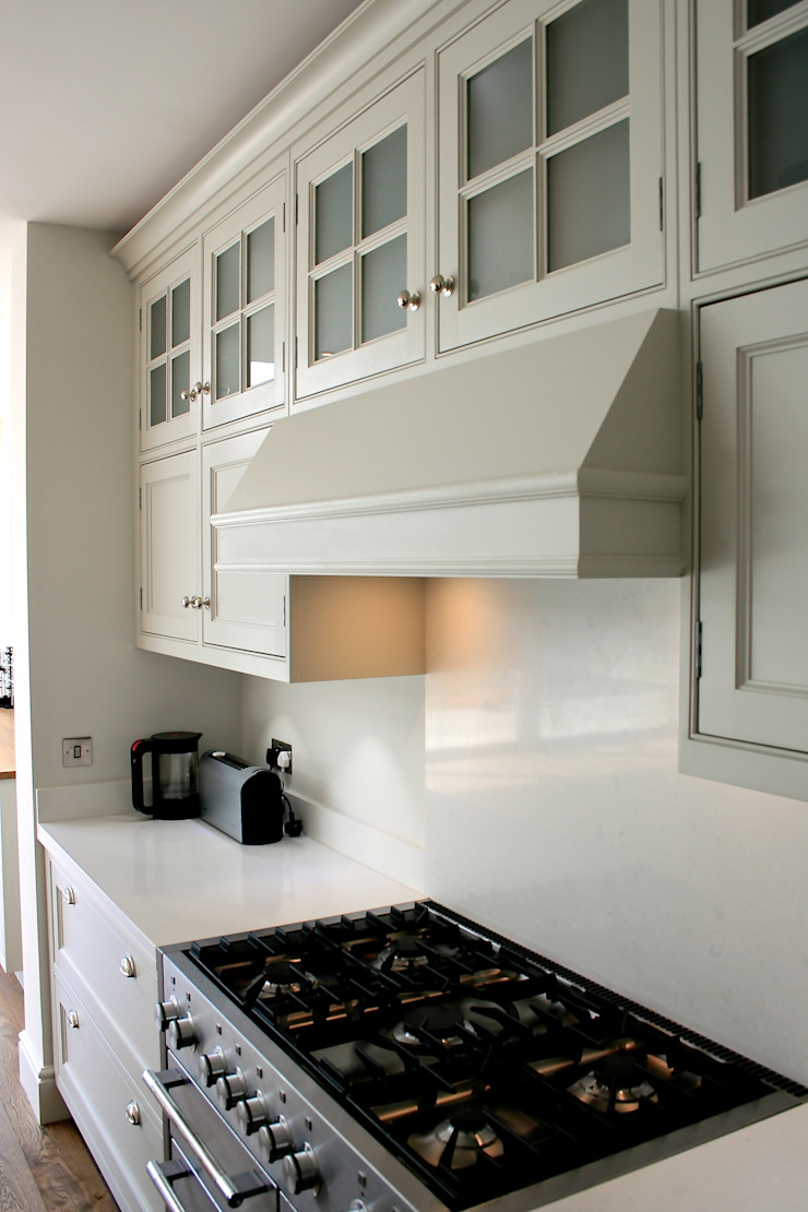Traditional Kitchen London : classic  by Place Design Kitchens and Interiors, Classic