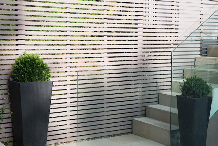 Garden fence Modern Garden by DDWH Architects Modern