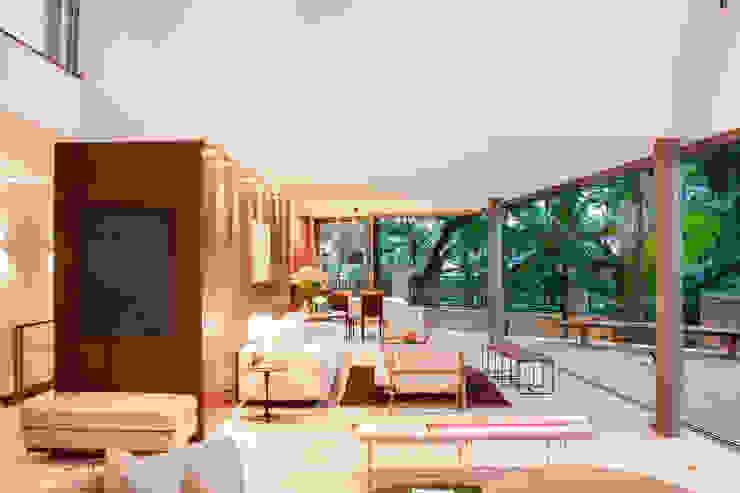 Casa Offset Salas de estar modernas por SAA_SHIEH ARQUITETOS ASSOCIADOS Moderno