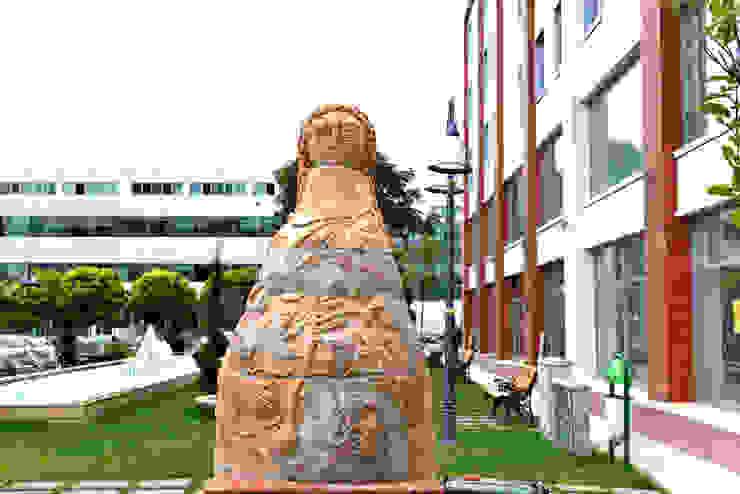 Eskişehir Tepebaşı Belediyesi – Eskişehir Tepebaşı Belediyesi Uluslararası Pişmiş Toprak Sempozyumu: modern tarz , Modern