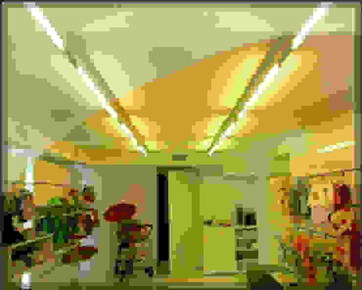 Grupo Electrón - Instalaciones eléctricas Baños de estilo moderno de Grupo electrón - Instalaciones eléctricas Moderno