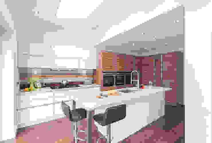 Urban Life - South Woodford Modern kitchen by Urban Myth Modern