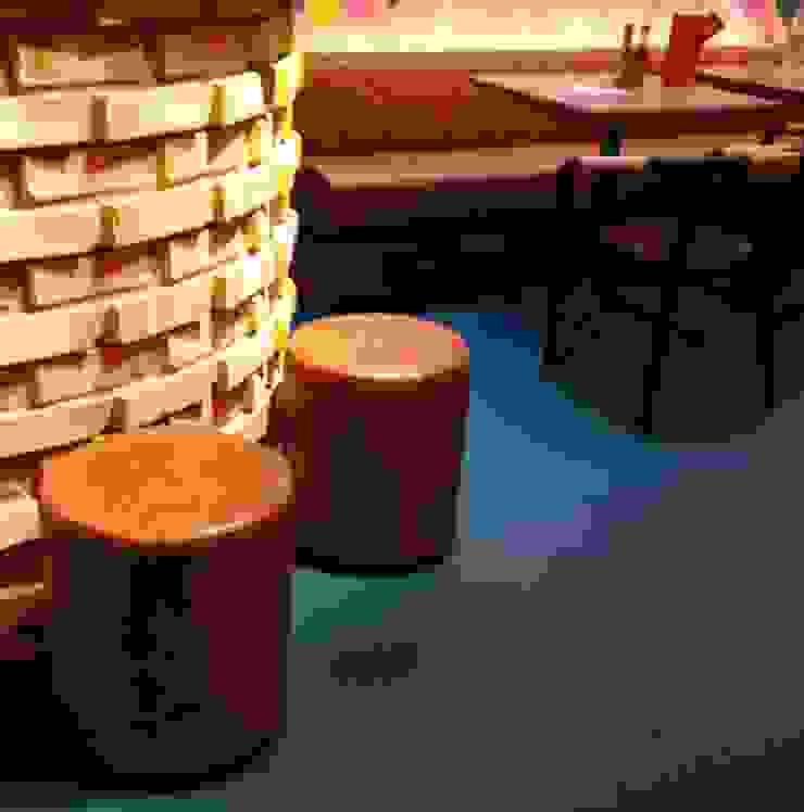 Wahaca,  Bar Area: modern  by Hillam Furniture, Modern