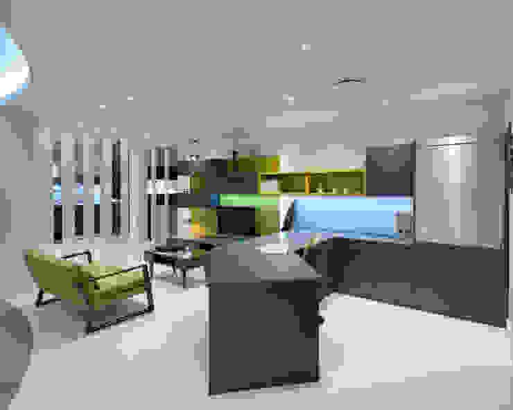 Urban Myth Showroom Modern study/office by Urban Myth Modern