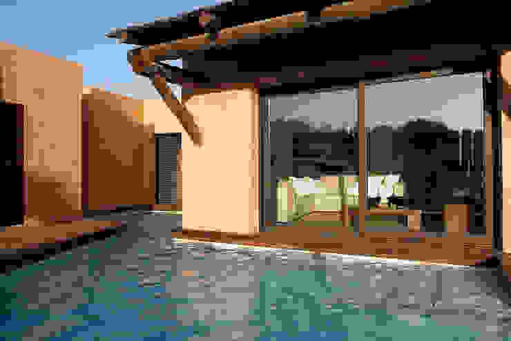 Casa Binisafúller Menorca Piscinas de estilo mediterráneo de adela cabré Mediterráneo