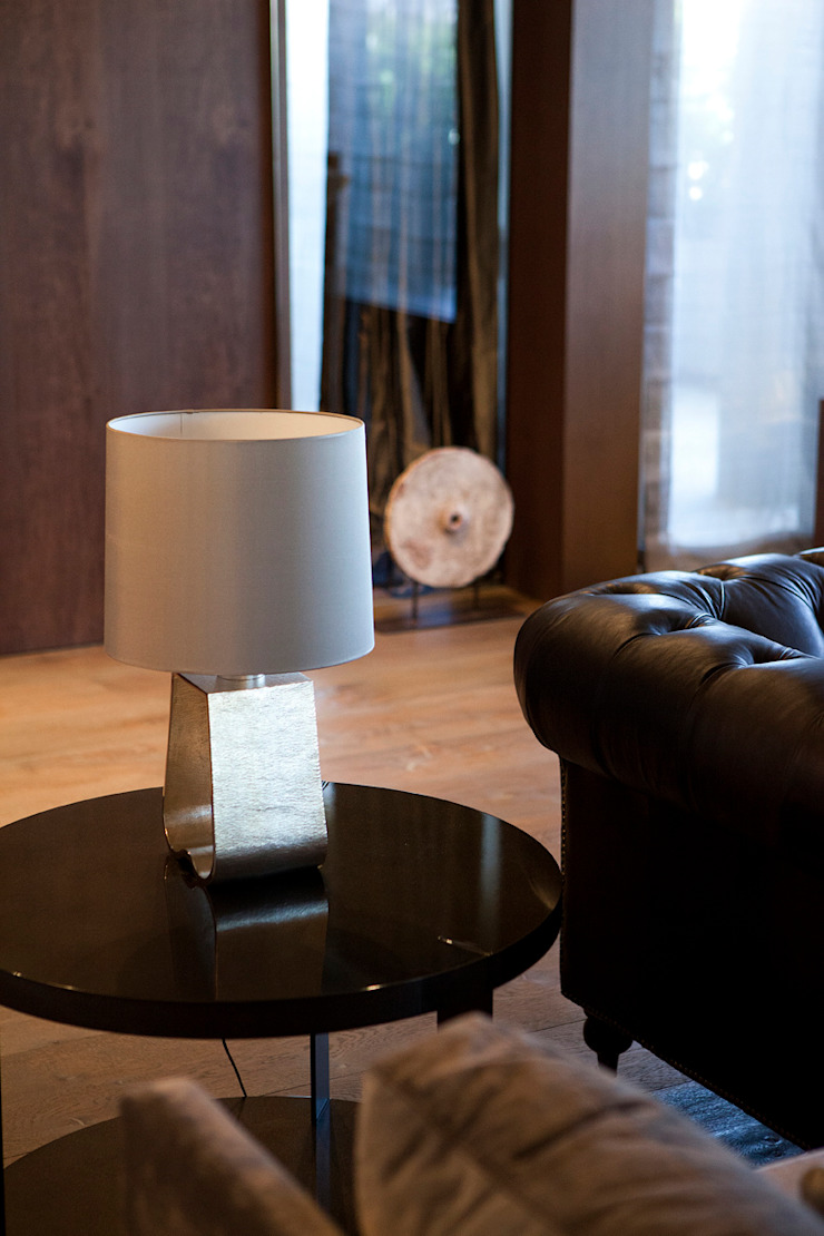 Modern living room by adela cabré Modern