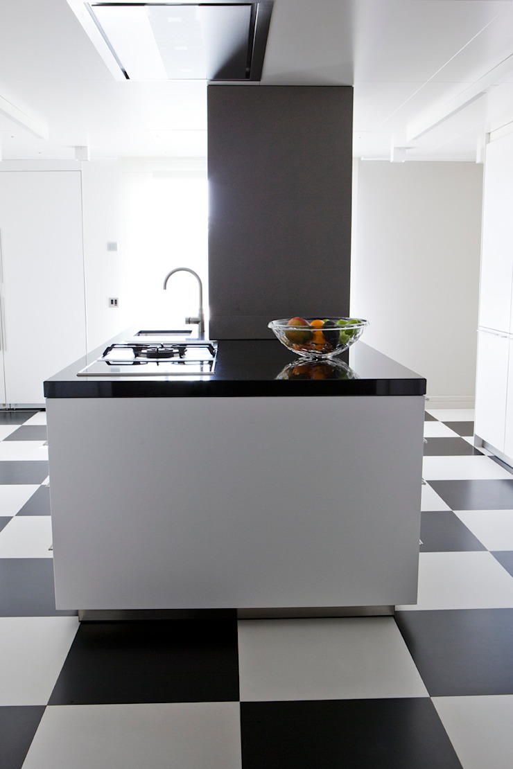 Moderne Küchen von adela cabré Modern