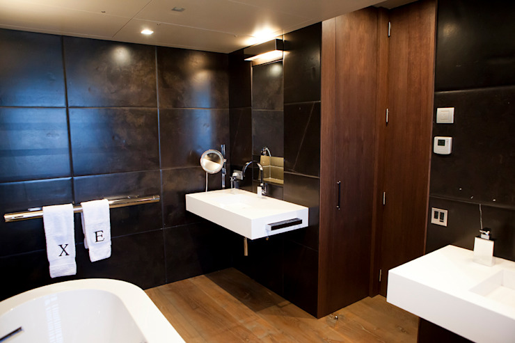 Moderne Badezimmer von adela cabré Modern