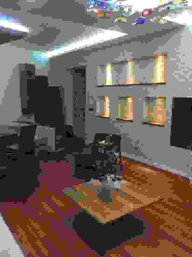 Salon nişli taş duvar Modern Oturma Odası Gizem Kesten Architecture / Mimarlik Modern