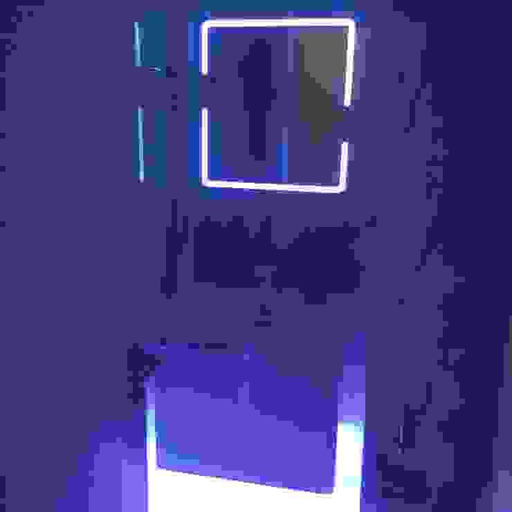 Beyaz banyo Gizem Kesten Architecture / Mimarlik Modern Banyo