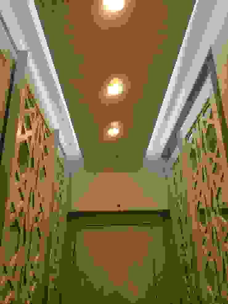Giyim odası Gizem Kesten Architecture / Mimarlik Modern Giyinme Odası