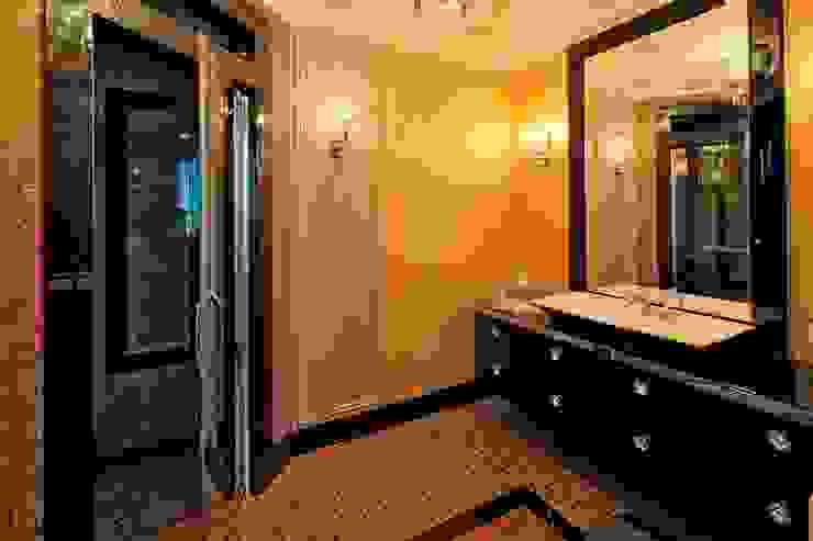 Bathroom by Studio B&L , Modern