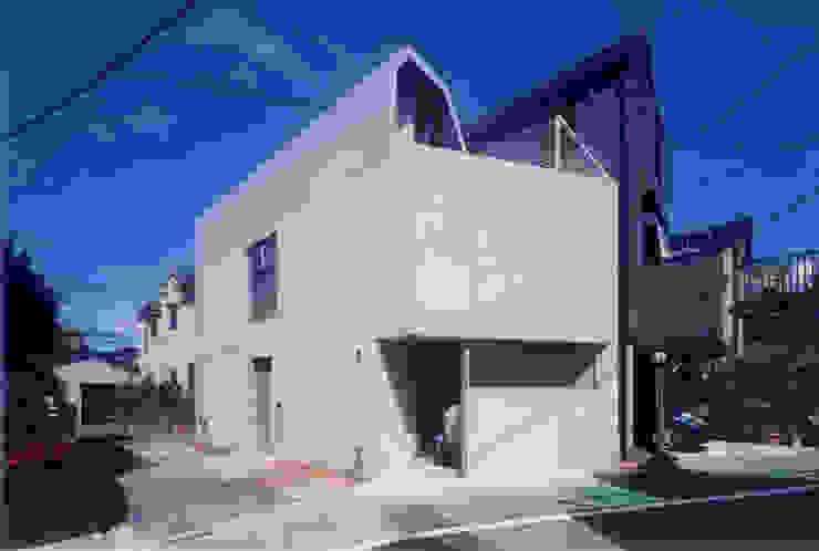 Modern houses by スタジオ4設計 Modern