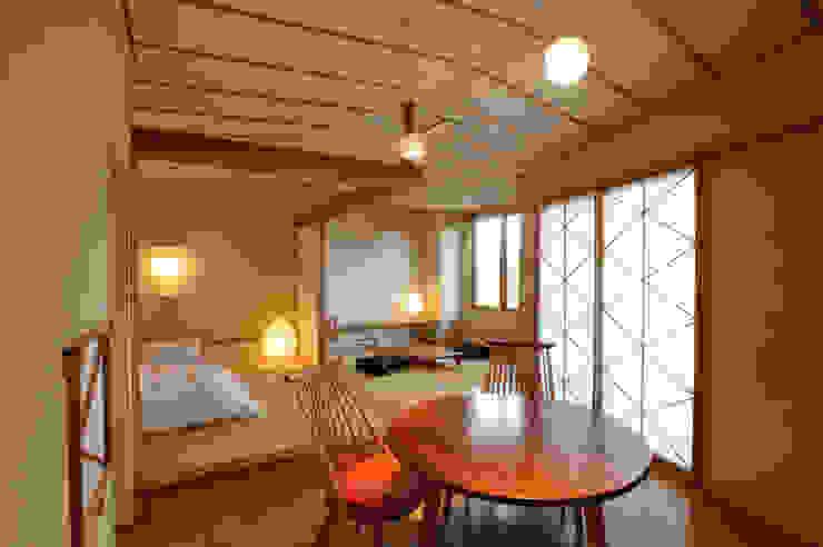 客室 日のおちぼ : Room HINOOTIBO TAKA建築設計室 オリジナルなホテル