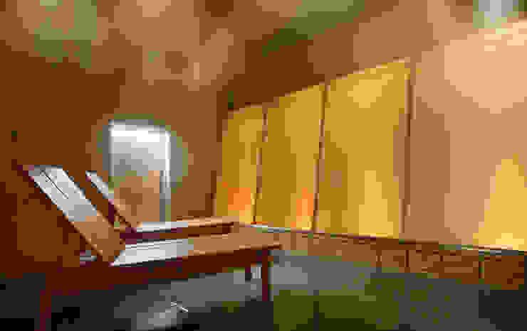 源泉ミストサウナ : mist sauna オリジナルなホテル の TAKA建築設計室 オリジナル