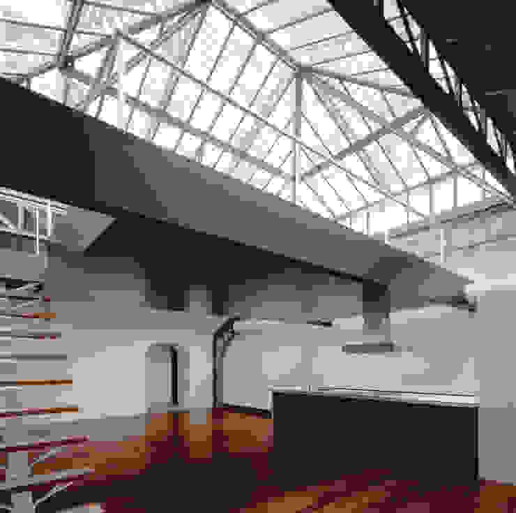 Cucina in stile industriale di Beriot, Bernardini arquitectos Industrial