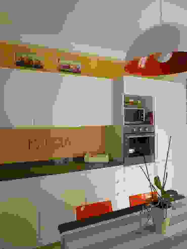 Casa degli ulivi, vivere fra terra a mare. Moneglia (Genova) Cucina moderna di BaBo Design - Barbara Sabrina Borello Moderno